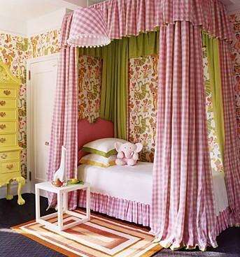 Coole Kleinkinderzimmer-Ideen Mädchen Vorhänge Bett