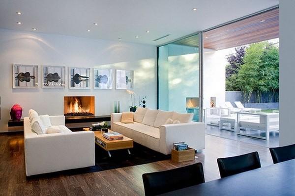 Ergreifende durchgehende Wohnzimmer Ausblick Sofa Kamin