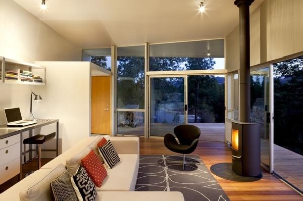 Ergreifende  Wohnzimmer Ausblick cooler Kamin