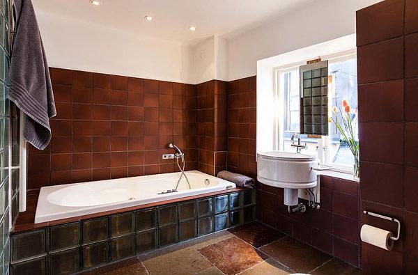 Fantastische Maisonette Stockholm-Gamla Stan modernes Badezimmer