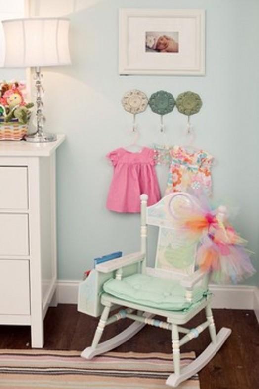 Interessante Designs Kinderzimmer-Wandhaken kleiner Stuhl