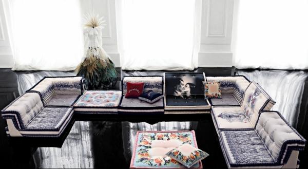 Jean Paul Gaultier design niedrige möbelstücke glanzvoll fußboden