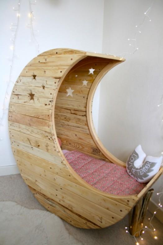Originelle Krippen geformt Mond Jocelyn Costis Kinderzimmer