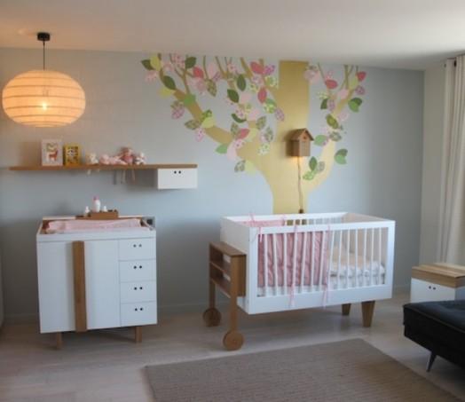 Schöne Gestaltungsideen Mädchen-Kinderzimmer Bett Bäumchen