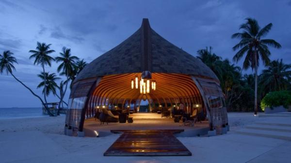 alila villas hadahaa resort haus restaurant
