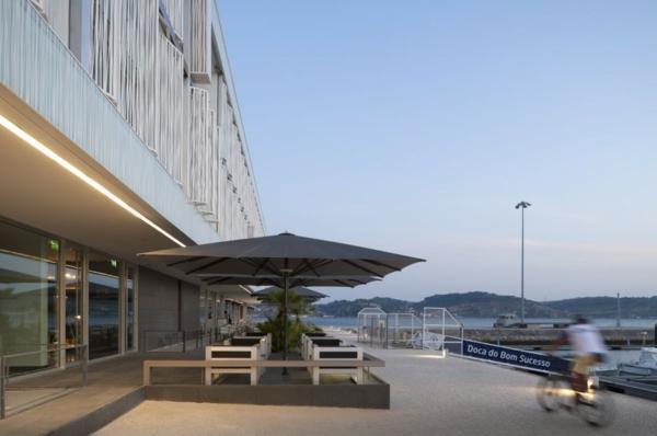 Altis Belém Hotel risco architekten sonnenschirme restaurant