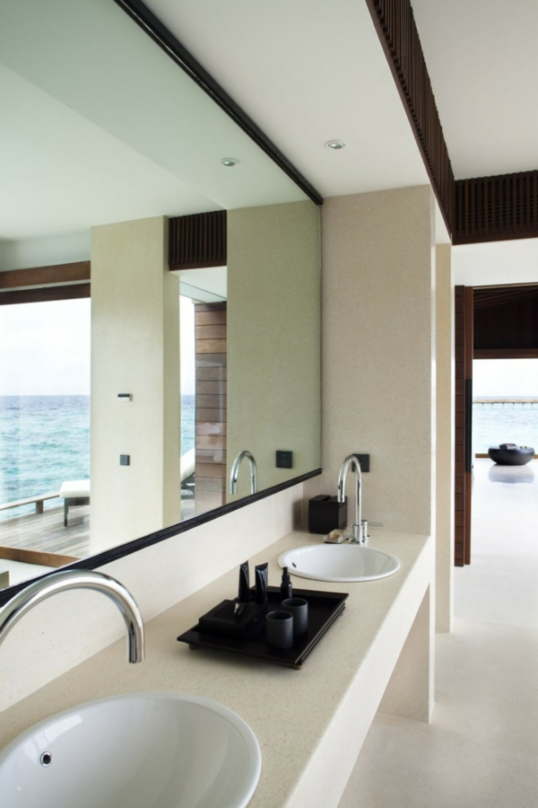 badezimmer glaswand aussicht ozean