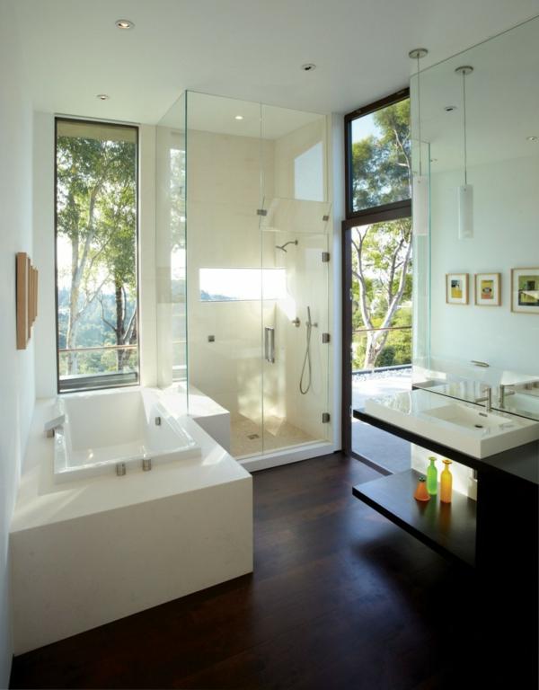badezimmer-große-fenster-modern