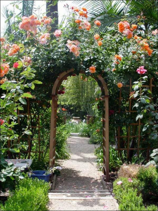 blumenbogen holz orange rosen