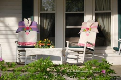 coole veranda deko ideen zu ostern weiß stühle osterhasen