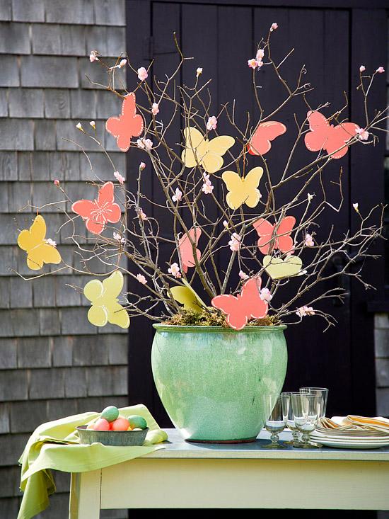 deko ostern schmetterlinge idee baum vase bunt frisch Dekoration zu Ostern