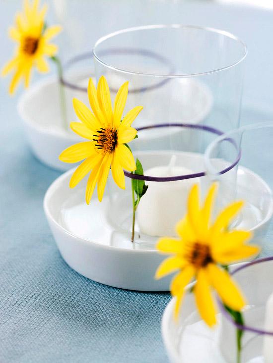 dekoration zu ostern selber machen gläsern gummiband gelb blume