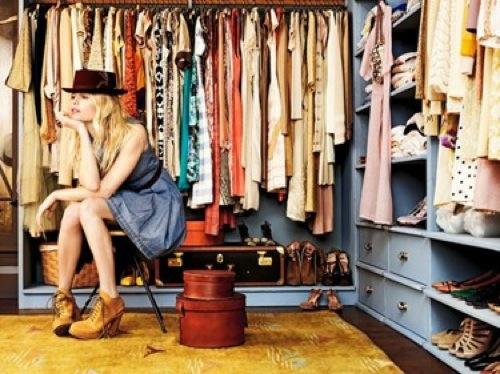 designer kleiderschrank ideen blau  fashionista tini zine