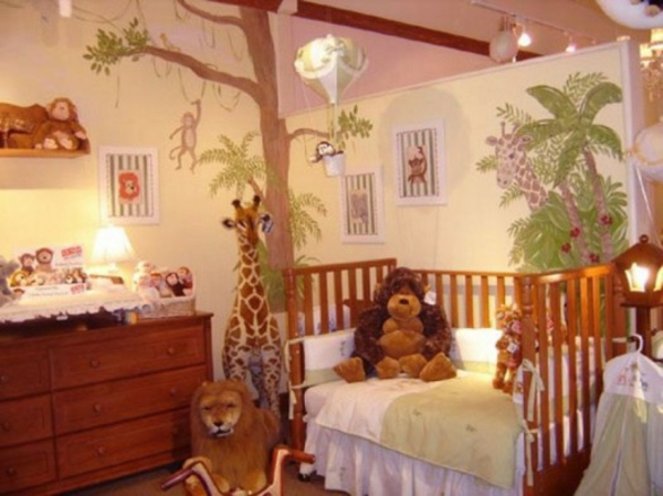dschungel dekoration im kinderzimmer plüschtiere