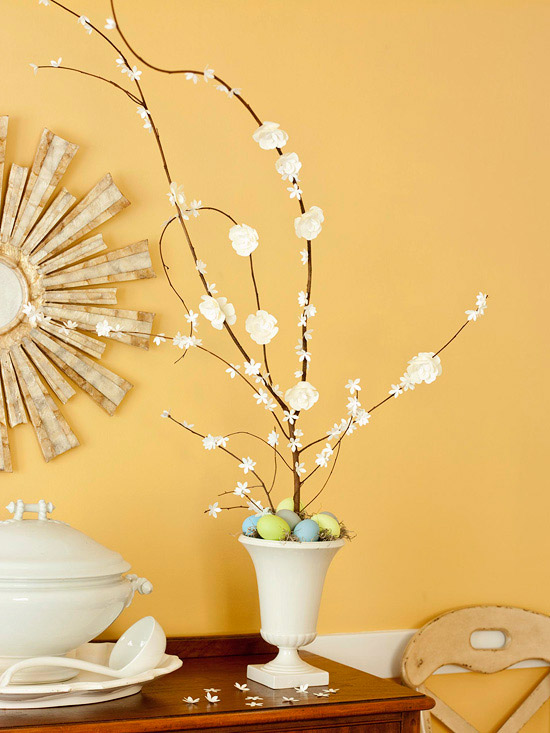 eier malen dekorieren ostern baum vase blumentopf