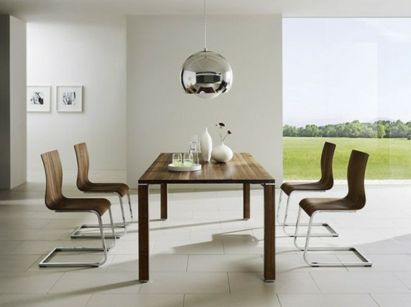 elegante sthle und tisch aus holz - Moderne Esszimmer Bilder