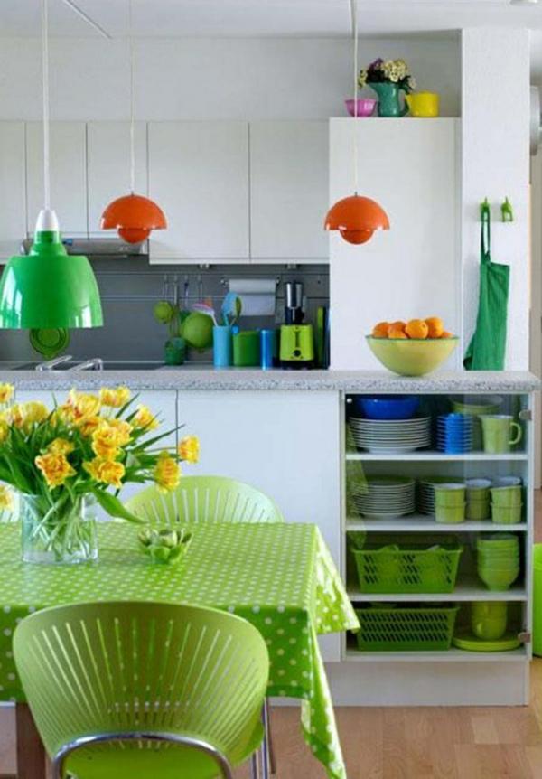 essbereich deko grün tischdescke stühle
