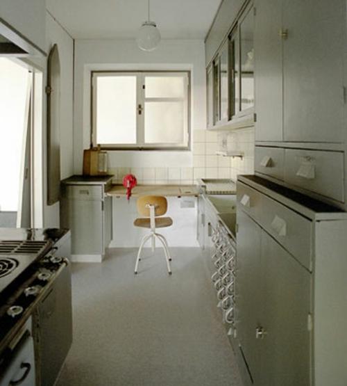 extravagante küchenausstellung museum moderne kunst