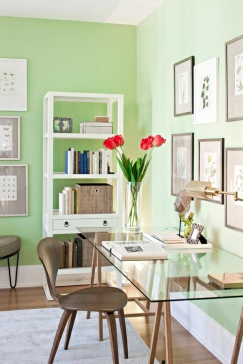 frühling deko blumen vase tulpen rot grüne wände