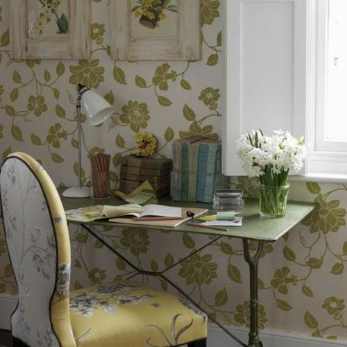 frühjahr einrichtung schreibtisch blumenmuster grün frisch vase