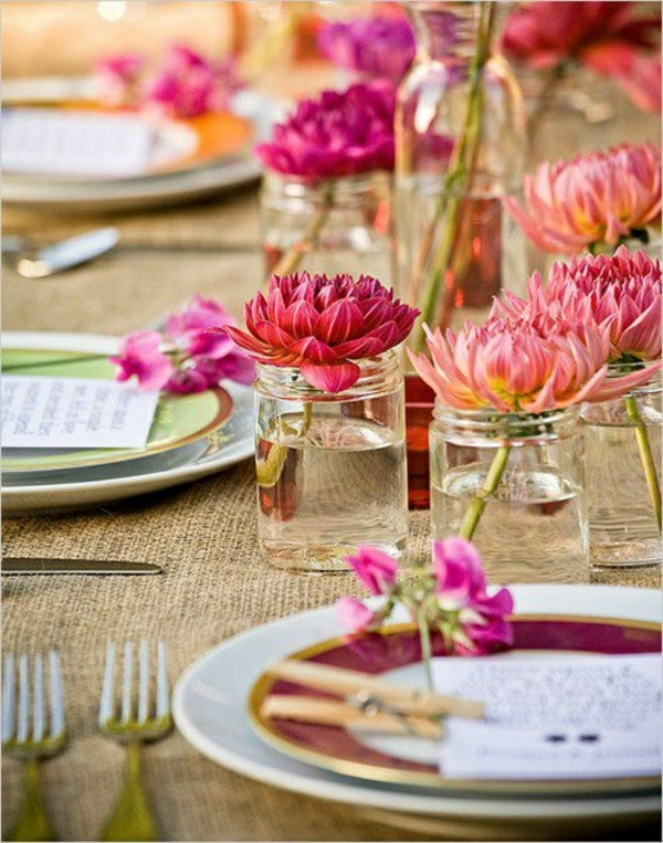 frühlingstischdeko originell rosa blumen