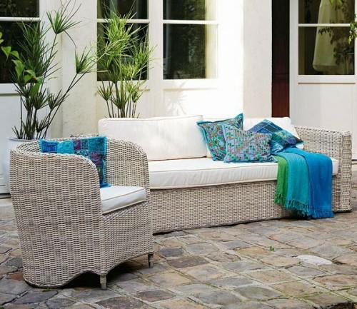 frische veranda deko ideen korbmöbel sofa