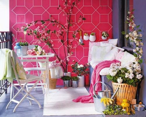 frische veranda deko ideen rosa wand