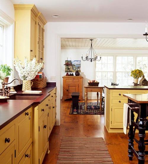 gelb küchenmöbel schränke regale dunkle oberfläche altmodisch