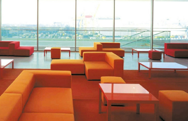 inspirierendes interior design paola lenti atollo sofa cafe