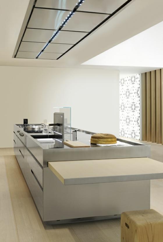 Designer Kücheninsel - dezent und praktisch