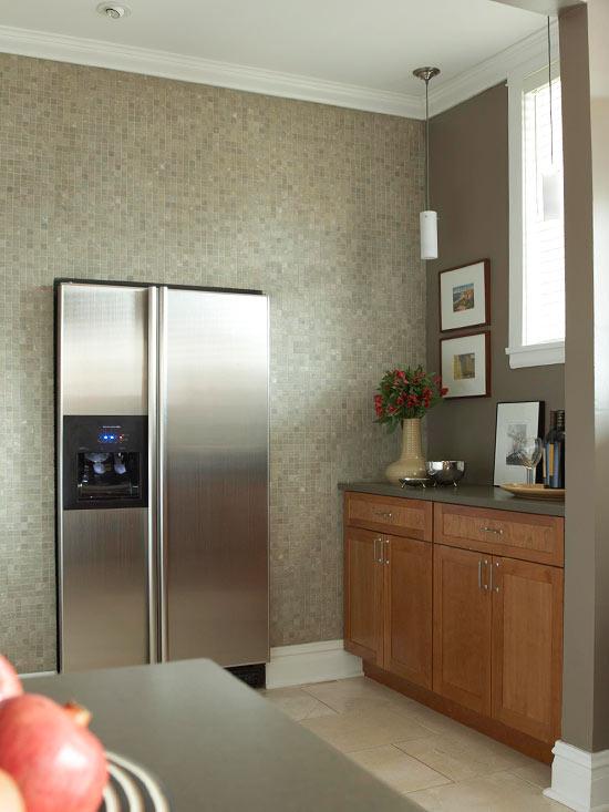 küchenbereich mosaik wand modern küchenschrank blumenvase