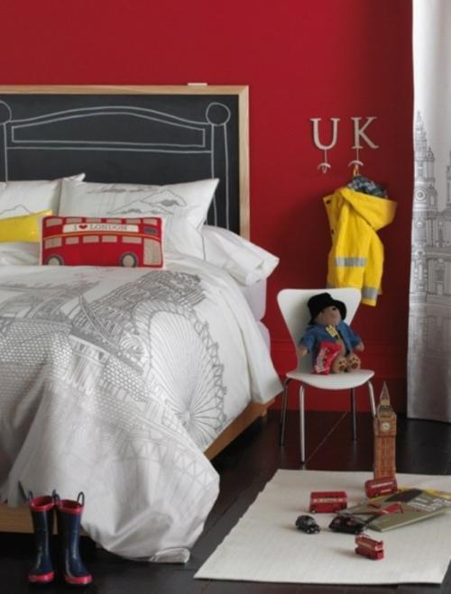 kinderzimmer im englischen stil rot wand bettdecke