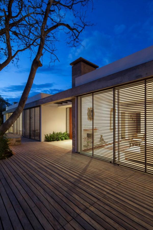 Moderne architektur hand in mit der natur