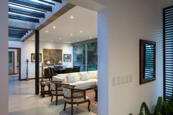 Moderne architektur hand in hand mit der natur for Moderne haus einrichtung