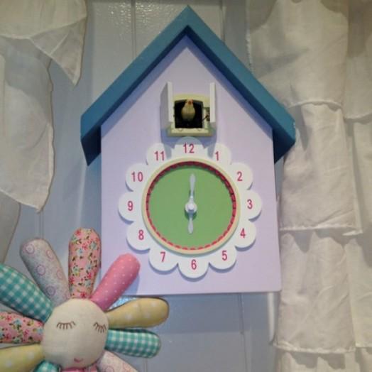 Kuckucksuhr Kinderzimmer | 10 Niedliche Kuckucksuhren Zur Dekoration In Kinderzimmern