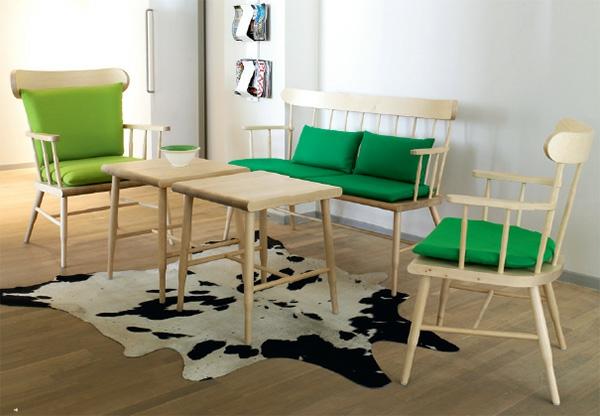 nordische wohnzimmer ideen design grüne stuhlkissen