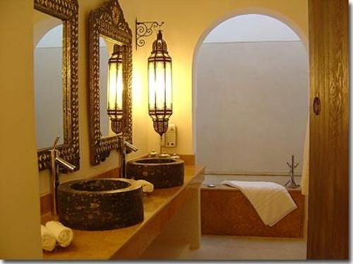 orientalische lampen wohnung marokkanisch badezimmer