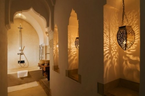 12 ideen f r orientalische lampen in der wohnung - Badezimmer marokkanisch ...