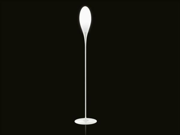 Originelle designer stehlampen von kundalini for Stehlampen designerlampen