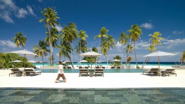 outdoor swimmingpool strand ozean