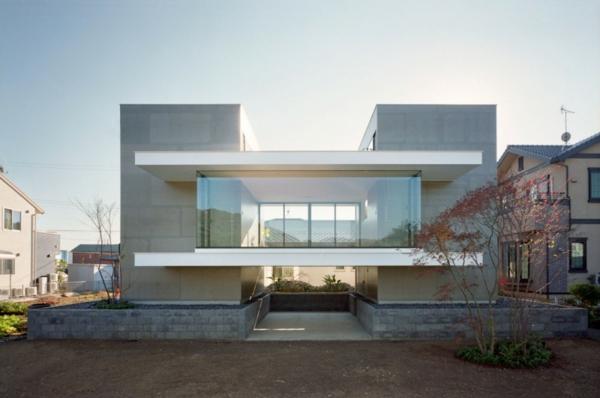 Das moderne outotunoie haus wurde von ma style architects in fujieda