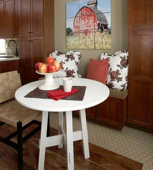 renovierung küche weiß tisch drei personen