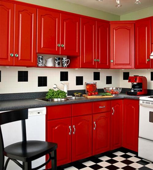 schachbrettmuster bodenbelag fliesen rot möbel küche