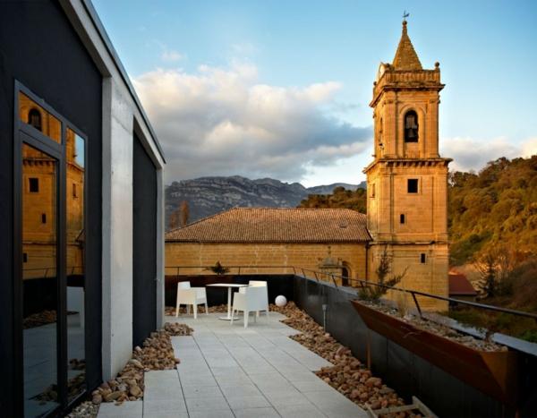Spanisches Hotel Viura  designhouses naturblick