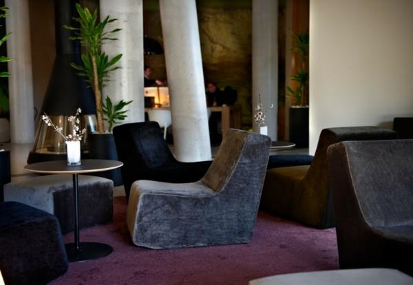 hotel spanien dorf designhouses samt bar ausstattung rund kaffeetisch