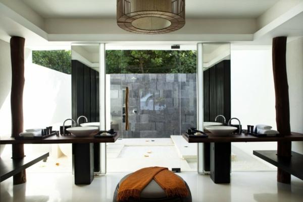 stilvoll badezimmer glaswände