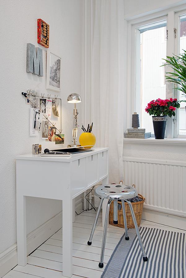 stilvolle einrichtung apartment weiß göteborg schreibtisch