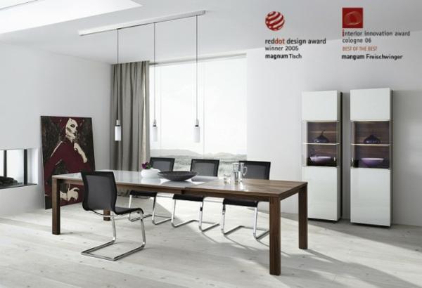 Moderne Ausstattung im Esszimmer