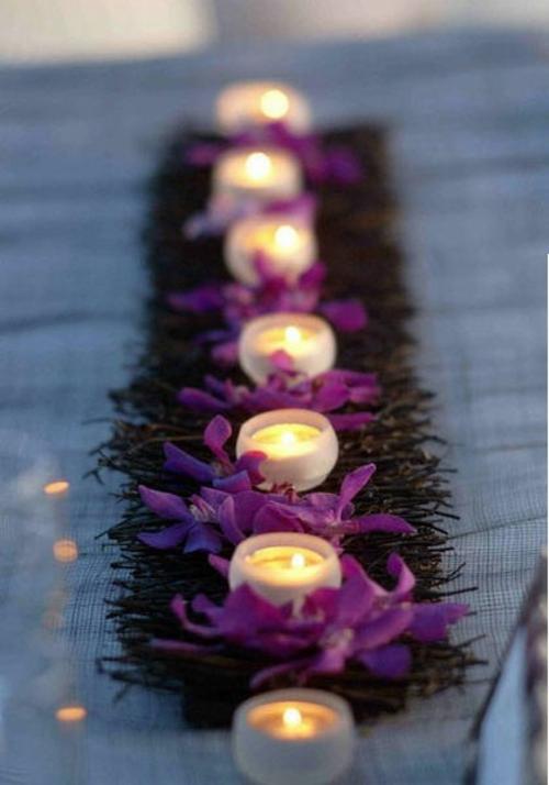 Attraktive Tischdekoration Mit Exotischen Blumen 15