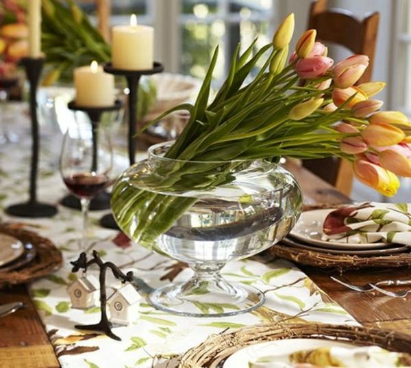 tisch dekoration tulpen kerzen